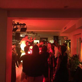 DJ CrossCut Hochzeit Musik auflegen Tanzen Spass 350x350 - Home