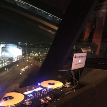 DJ-CrossCut-Plattenspieler-und-Mixer Berlin