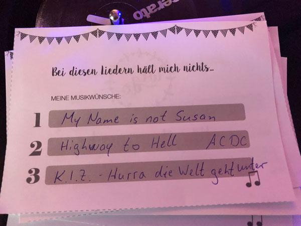 Musikwunschkarten Hochzeit - Romantische Hochzeit - Alter Dorfkrug Staffelde