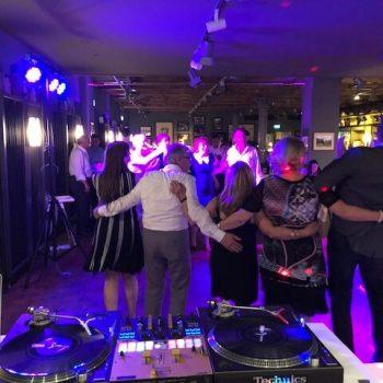 DJ 70. Geburtstag 350x350 - DJ für Geburtstag