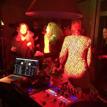 DJ für Geburtstag 40 350x350 - DJ für 40.